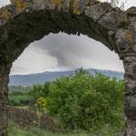 Ätna vom Alcàntarafluß aus gesehen