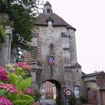 Entrée fortifiée de Lucheux_Copyright OT Doullens