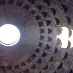 Купол знаменитого Пантеона