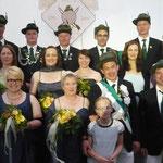 Der Hofstaat 2014, mit Celina sowie Königin Silvia und König Sven