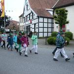 Die Kinderkompanie beim Umzug am Schützenfestmontag