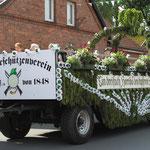 Der Jubelthron von Bernhard und Hanna Ostermann auf dem Thronwagen