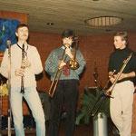 "Ulli Baier, Uli Petersen mit Bert Boeren (DSCB), Dez. 1986 in der ""Katakombe"", Wettbergen"