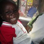 Auch Paulo fand die Matatu-Fahrt voll aufregend.