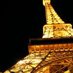 Nachbau des Eiffelturms, beleuchtet, in Las Vegas