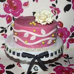 Pink marmoriert mit weißer Rose