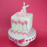 Baby-Torte mit Häschen