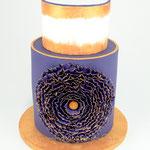 Modernes Design mit lila und gold