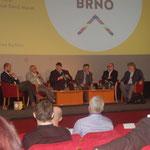 POdiumsdiskussion mit den Dissidenten Milan Horáček, Jiří Pehe, Jaroslav Šebek und Bernd Posselt