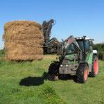 Philip kommt mit seinem super Traktor zu Hilfe....