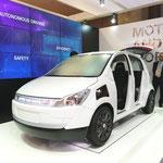 ドイツ・ZFが出展した都市型スマートカー。自動運転と安全性、高効率をアピール