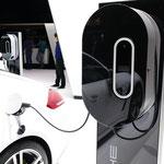 ポルシェの充電スタンド(1)