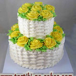 Желтые розы 2 Медовый бисквит, сметанный крем, вишня. Мастика 5,2кг