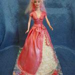 Барби в розовом Торт-пломбир. Отделка – мастика