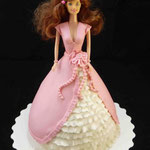 Барби в розовом Торт пломбир. Мастика 2,5кг
