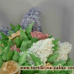 """Вертикальный торт букет """"Сирень и розы"""""""