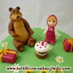 Маша и Медведь с тортиком Ванильный бисквит, йогуртовый крем с фруктами. Мастика. 2,9кг