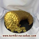 Рог изобилия с золотом Шоколадный и ванильный бисквиты, сливочно-ванильный крем, миндаль в карамели. Мастика 2,5кг
