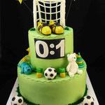Футбольный торт на годик Ванильный бисквит, безе, Шарлотт, ананасы. Мастика 4кг