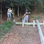 Bau der Waldrutsche