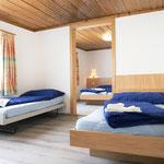 Vierbett-Familienschlafzimmer
