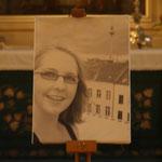 Karlas Bild in der Kirche