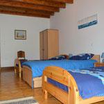 Chambre avec 3 lits de 90 - location - vacances en famille  - Meuse
