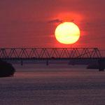 石狩川に落ちる太陽【江別市】