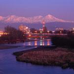 石狩川夜景と大雪山【旭川市】