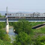 幾春別川を渡るJR【岩見沢市】