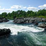 岩盤を縫って流れる石狩川【当麻町 比布町】