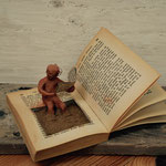 le lecteur anonyme prend un bain de lecture, 87 euros