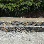 Natursteinmauer mit Untervazer Bruchsteinen