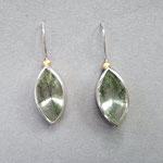 Ohrhänger aus Silber und Gold mit grünem Rutilquarz