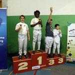 podium épée pupille Noa 1er et Thibaut 2ème