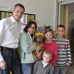 24.05.2013 17:45 Uhr - Nuchesse neues Zuhause: Thilo, Silvia, Loris, Hannah und Florian
