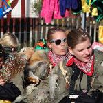 Die Ladies lassen gemütlich die Fasnacht ausklingen.