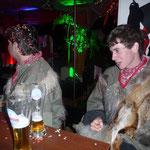Nächste Station, Ghecko-Bar, der Schnuppergnom kontrolliert, ob sein ausgeschüttetes grosse Bier im Tschüttelichaschte bereits wieder getrocknet ist