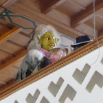 auch auf dem Balkong bist du nicht sicher