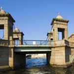 Мост Ломоносова. июль 2011г.