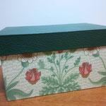かぶせ蓋の箱