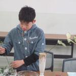 多面性の花材/ゴッドセフィアナ② デルフィニウム② カーネーション③ マリンブルー