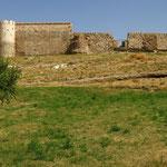Wehrmauer um den Thron des Salomon
