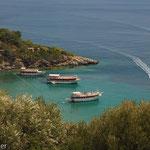 Bucht vor Kusadasi mit typischen Ausflugsbooten