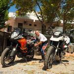 Packen vor der Pension Deniz - es geht weiter...