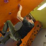 Danny beim lockeren queren im Überhang