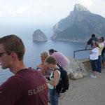 eine Autotour brachte uns bis an den äußersten Norden der Insel, zum Cap Formentor, wo die Insel wie ein Drachenrücken schroff ins Meer abbricht
