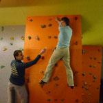 heute mit neuem Boulderspiel, klettern und Griffe nummerieren