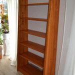 Kirschbaum Bücherregal
