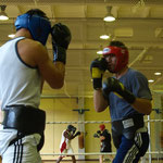 Beim Sparring in Kienbaum mit Marco Huck (links)